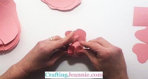 making paper rose bud