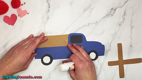 glue the pocket bed onto the truck craft