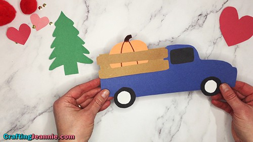 fall truck craft for kids by Crafting Jeannie